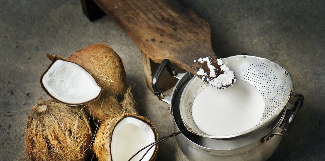 процесс получения кокосового молока