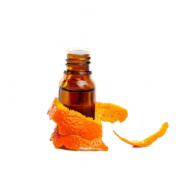 апельсиновая эссенция в стеклянном закрытом пузырьке, рядом кожура цитруса