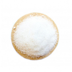 фото плошки с лимонной кислотой на белом фоне