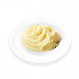картофельное пюре на белой плоской тарелке