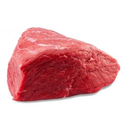 кусок мяса барсука на белом фоне