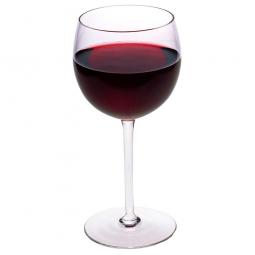 стакан красного вина