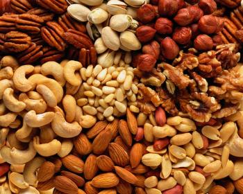 орехи, арахис, фундук, кешью