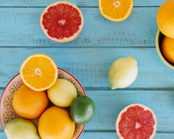 апельсины, лимоны и грейпфрут