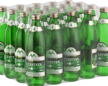 упаковка бутылок с минеральной водой