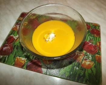 мисочка с тыквенным крем-супом
