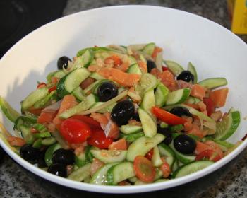 salat-s-semgoj-i-krevetkami.jpg