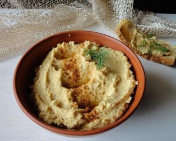 domashnij-humus-iz-nuta.jpg