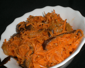 маринованный салат из баклажанов по-корейски с морковью
