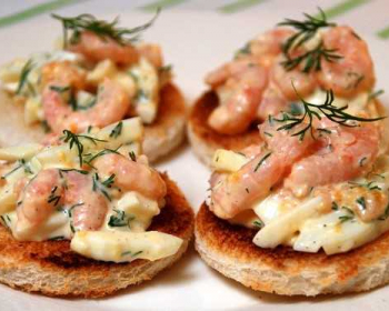 закусочные тосты с креветками