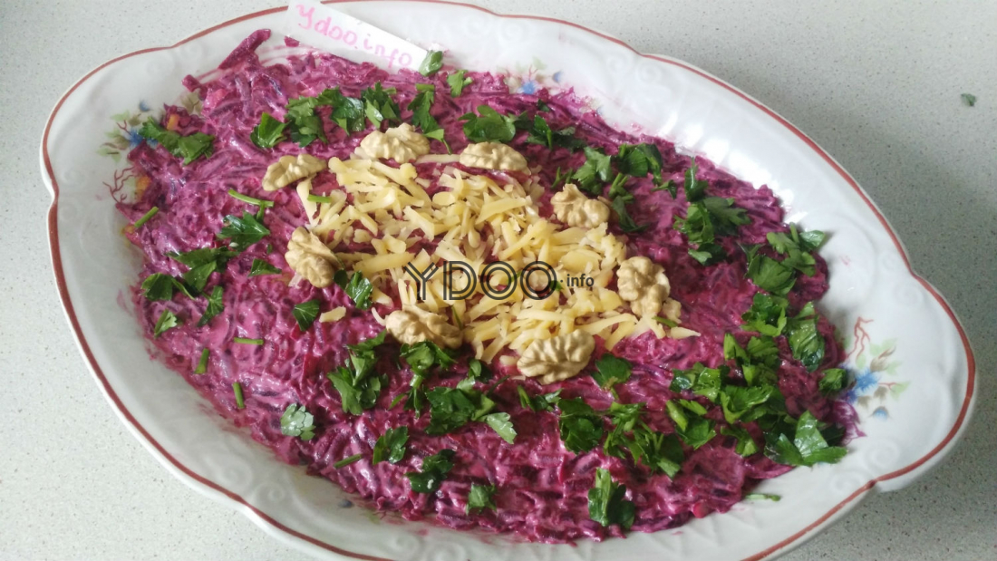 блюдо с салатом Любовница